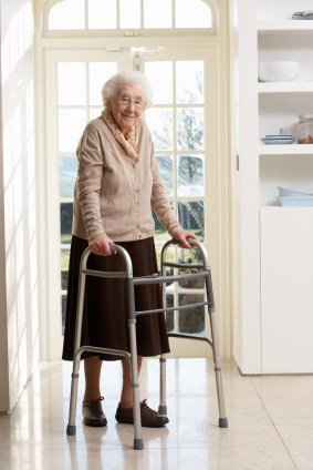 10 tips for preventing elderly falls