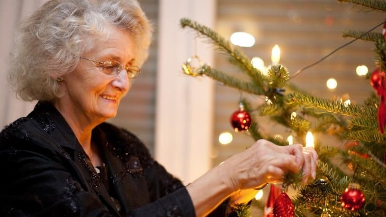 minimizing loneliness during the holidays