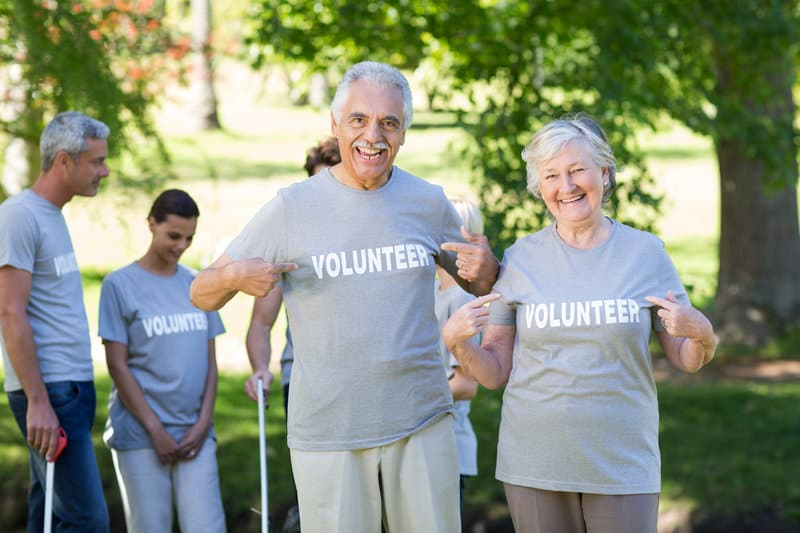 volunteer opportunities for seniors are a win win for everyone
