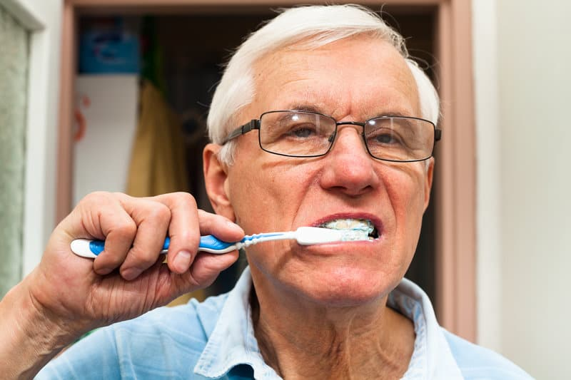 the importance of oral hygiene in the elderly